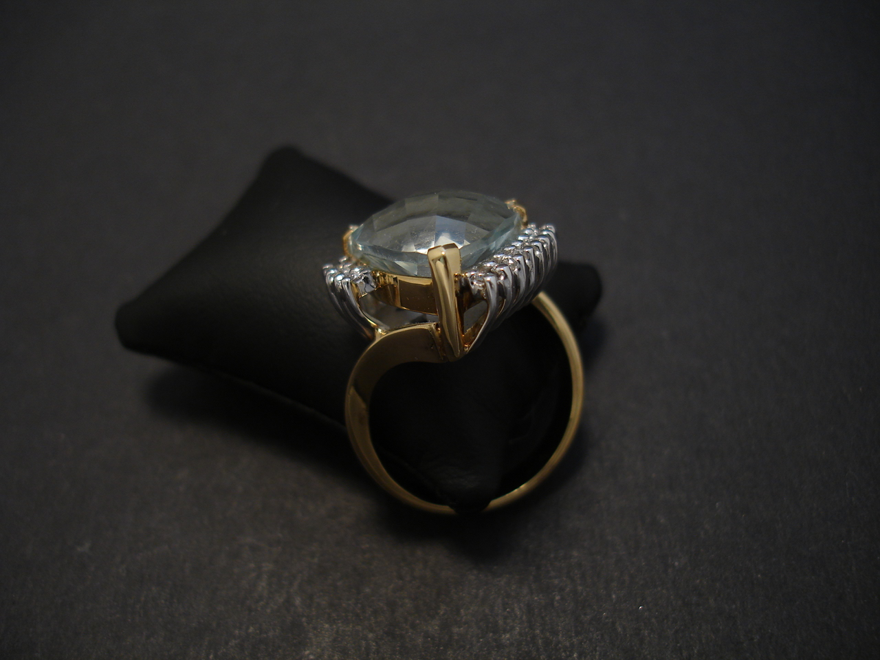sydney handmade 18ct gold ring christopher william