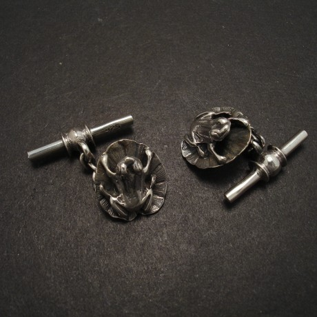 lily-pad-frog-silver-cuff-links-05460.jpg
