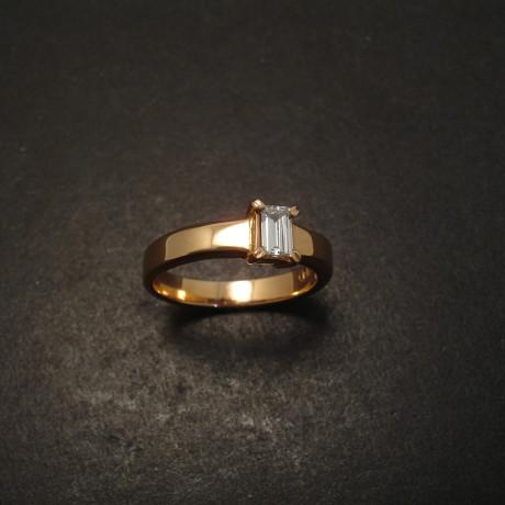 rose-gold-diamond-baguette-engagement-ring-06287.jpg