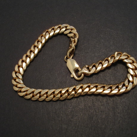 heavy-curb-9ctgold-bracelet-28.9g-08249.jpg