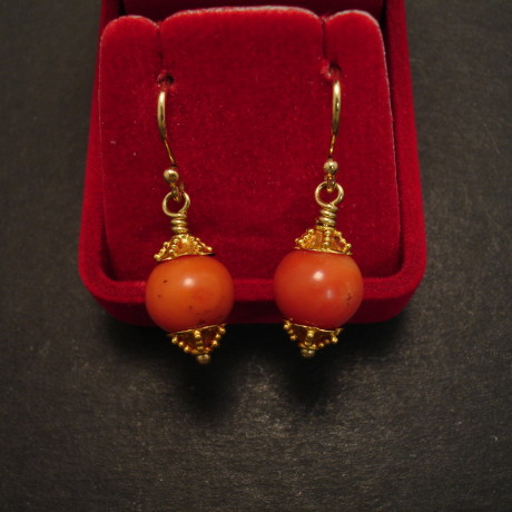 old-english-coral-18ctgold-9mmbeads-earrings-09499.jpg