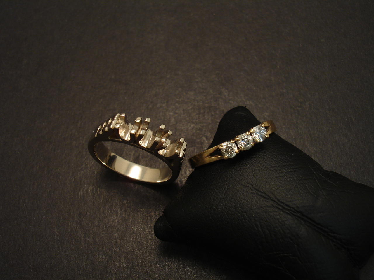 with wedding artemer set rings three diamonds black products