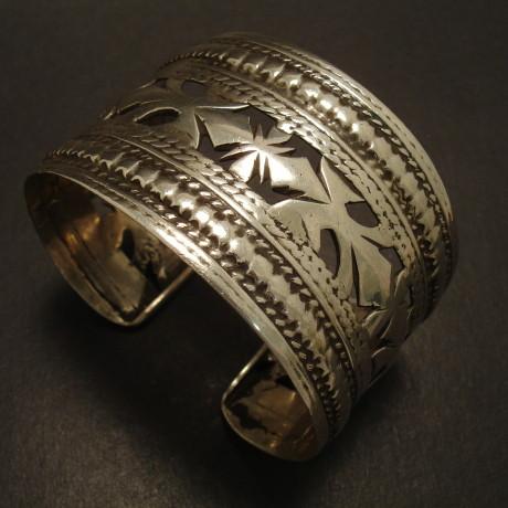 afghani-cuff-old-tribal-silver-00010.jpg