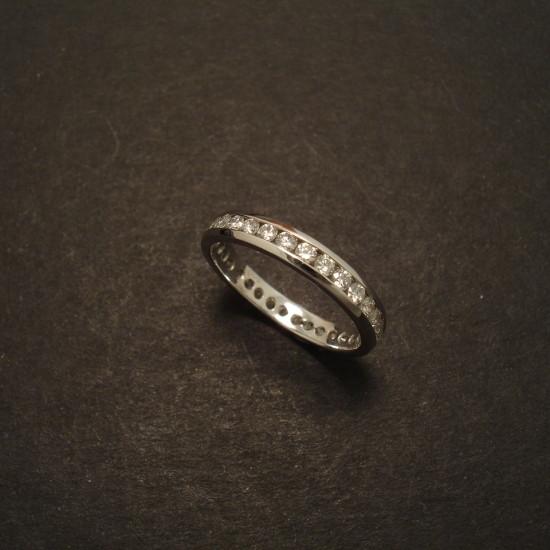 channel-set-diamond-18ctwhite-gold-slim-ring-09413.jpg