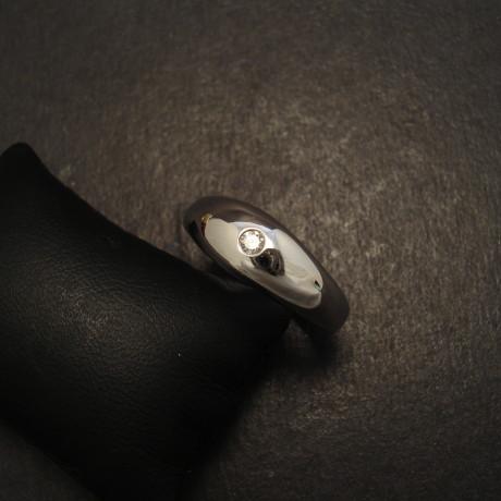 domed-9ct-white-gold-ring-5pt-diamond-09679.jpg