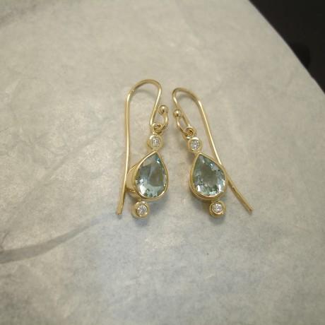 aquamarine-teardrops.-diamonds-18ctgolhmade-earrings-04229.jpg