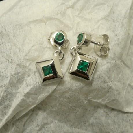 emeralds-square-round-9ctwhite-gold-stud-drops-00920.jpg
