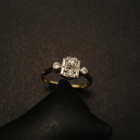 handcrafted-18ct-gold-platinum-4diamond-antique-ring-01658.jpg