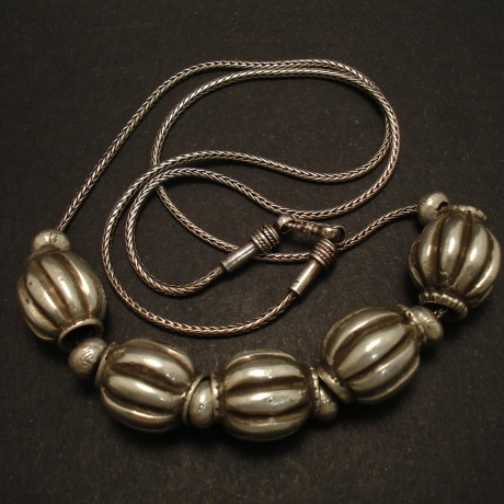 best-afghani-tribal-silver-fluted-beads-01978.jpg