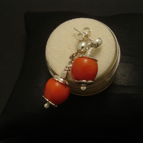 old-gem-quality-coral-silver-stud-dropd-03078.jpg
