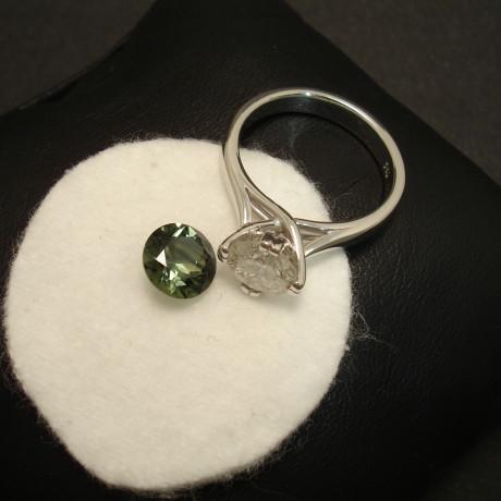customers-sapphire-custom-made-white-gold-ring-01754.jpg