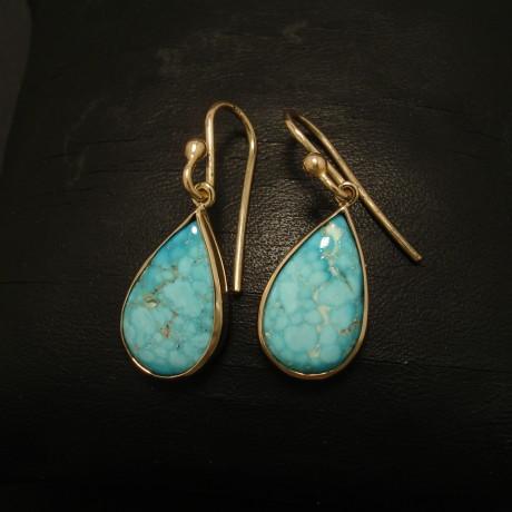 kingman-matrix-turquoise-teardrops-9ctgold-earrings-02332.jpg