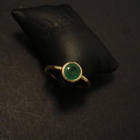 76ct-natural-emerald-simple-18ctgold-hmade-ring-02052.jpg