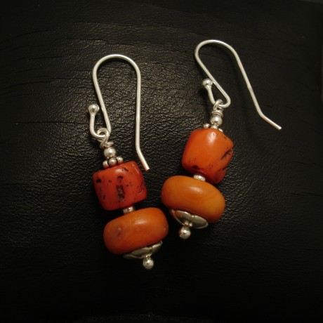 two-natural-coral-colours-silver-earrings-02451.jpg
