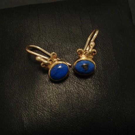 7x5mm-oval-lapis-lazuli-9ctgold-earrings-02485.jpg