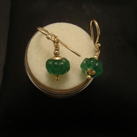 carved-brazilian-emeralds-9ctgold-earrings-02645.jpg