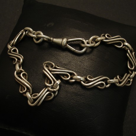 curled-linkage-antique-english-silver-chain-bracelet-02699.jpg
