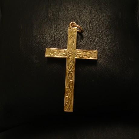 engraved-antique-9ctgold-hollow-cross-02716.jpg