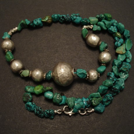green-nuggets-turquoise-old-silver-necklace-09487.jpg