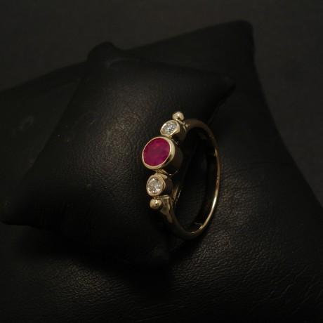 54ct-natural-cut-ruby-diamonds-9ctgold-ring-02405.jpg