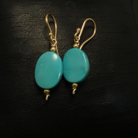 handcut-kingman-turquoise-9ctgold-earrings-03045.jpg