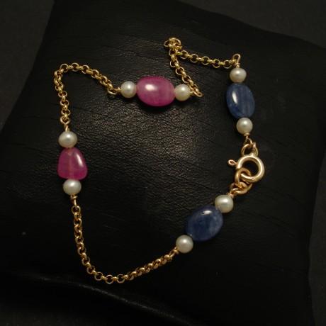 natural-sapphire-ruby-pebbles-pearl-9ctgold-bracelet-02995.jpg