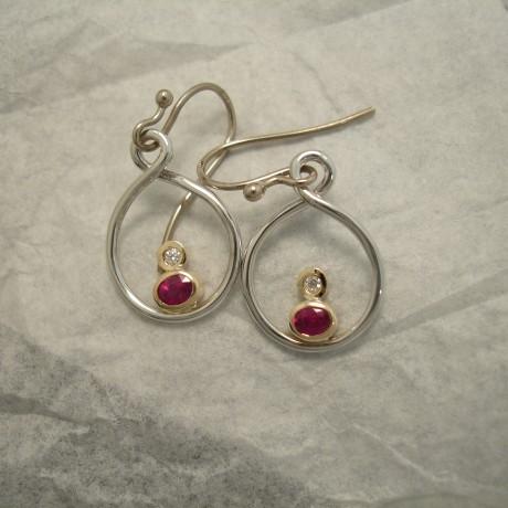 superior-clean-red-rubies-18ctgold-earrings-04068.jpg