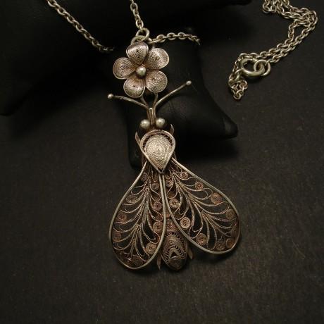 antique-filigree-silver-bee-pendant-kezhi-chain-03194.jpg