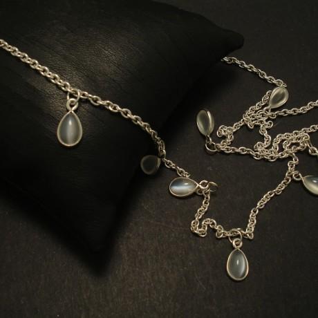 nine-moonstone-teardrops-silver-necklace-03208.jpg