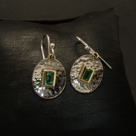 70ct-baguette-natural-emerald-gold-oval-disc-earrings-03047
