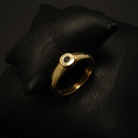 bright-10pt-aust-sapphire-9ctgold-chunky-ring-03286.jpg