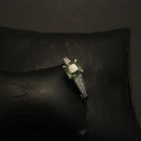 green-sapphire-custom-18ctwhite-gold-ring-02826.jpg