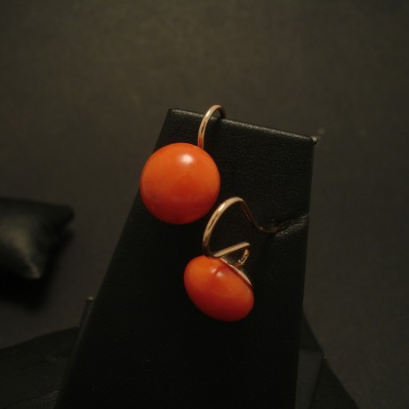 11mm-matched-corals-9ctgold-earhooks-03465.jpg