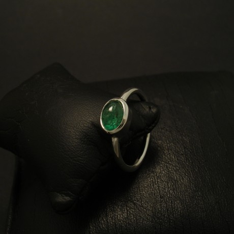 natural-green-emerald-cabochon-9ctwhite-gold-ring-03325.jpg