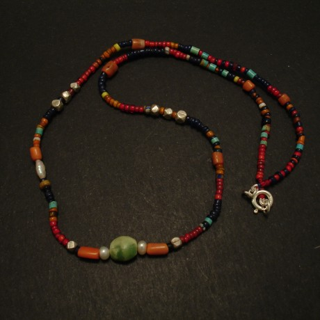 old-green-turquoise-centrebead-rare-beads-necklace-03405.jpg