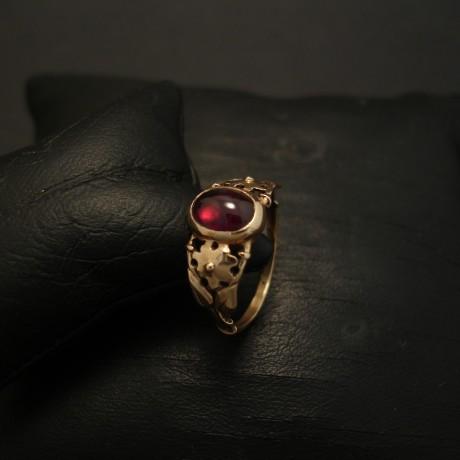 delicate-9ct-rose-gold-ring-cab-garnet-03751.jpg