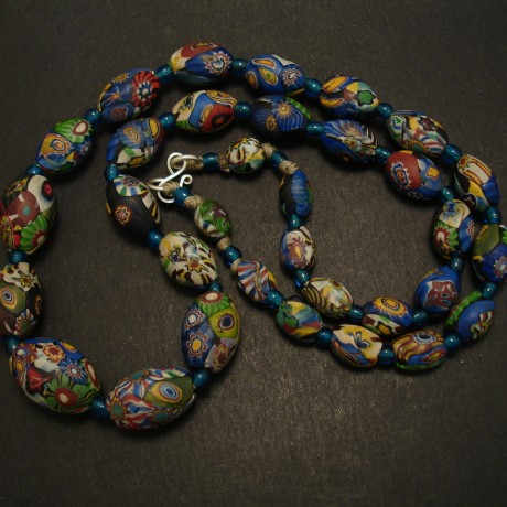 early-20thc-handblown-venetian-glass-bead-necklace-03608.jpg