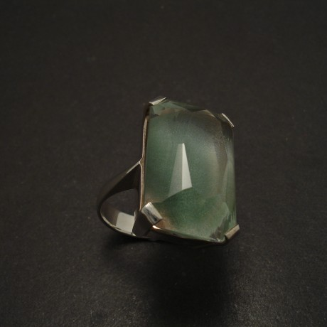 large-baguette-green-quartz-4claw-silver-ring-06182.jpg