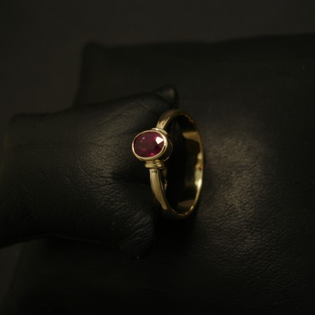 75ct-deep-red-ruby-18ctgold-hmade-ring-03909.jpg