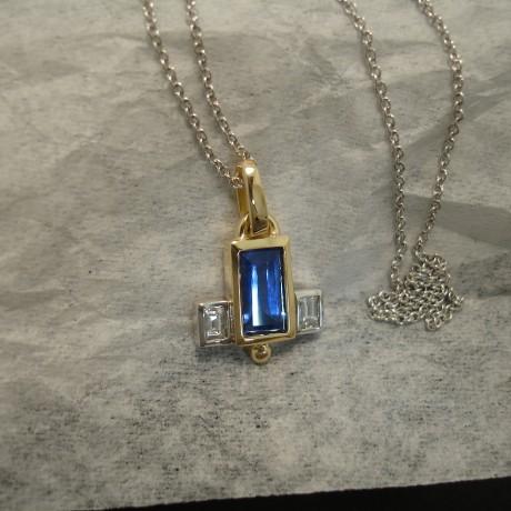 bright-sapphire-baguette-diamonds-art-deco-18ctgold-pendant-03863.jpg