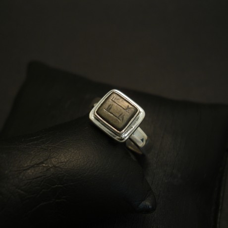 old-onyx-persian-seal-hmade-silveer-ring-04170.jpg