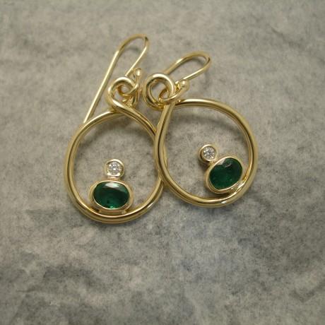 solid-green-emeralds-white-diamonds-18ctgold-earings-04345.jpg