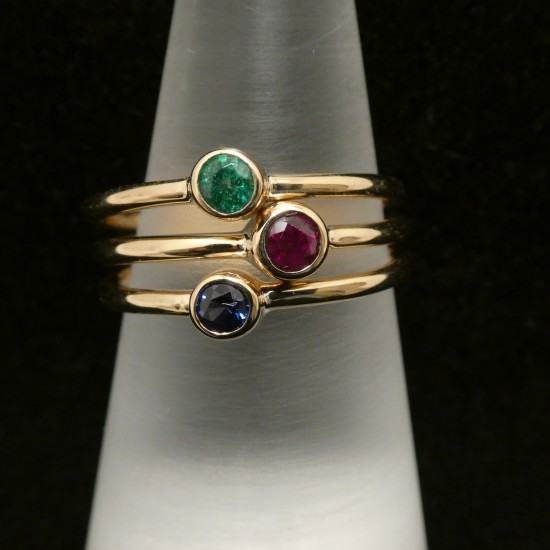ruby-sapphire-emerald-3mm-three-18ctgold-rings-00552.jpg