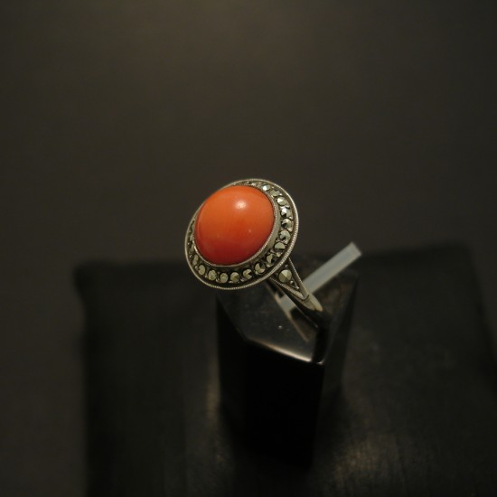 gem-coral-marcasite-1930s-deco-silver-ring-04798.jpg
