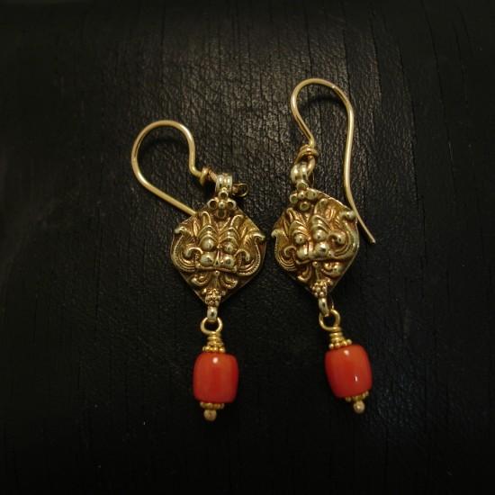 simply-elegant-coral-18ctgold-earrings-04708.jpg