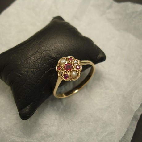 antique-ruby-pearl-9ctgold-ring-04850.jpg