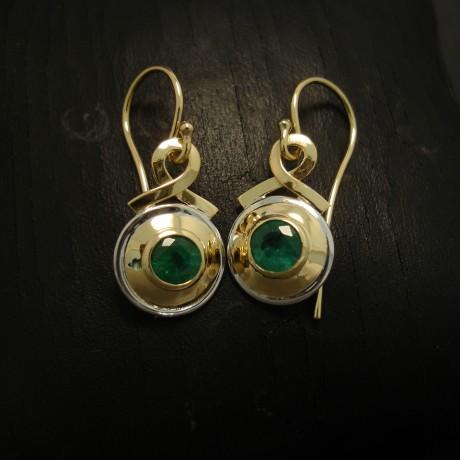 natural-bright-emeralds-113ct-18ctgold-earrings-04872.jpg