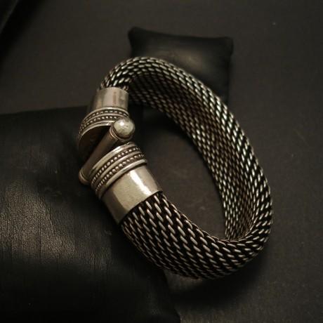 jaipur-1990s-silver-mesh-bracelet-04557.jpg