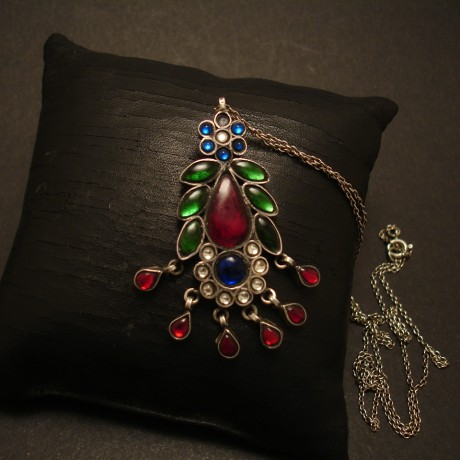 rajasthani-traditional-silver-glass-pendant-05114.jpg
