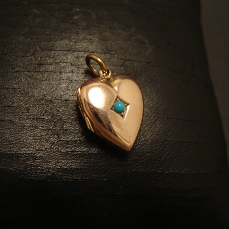turquoise-gold-heart-locket-english-antique-05092.jpg